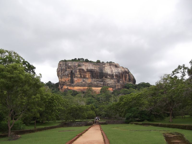 Sri Lanka 256
